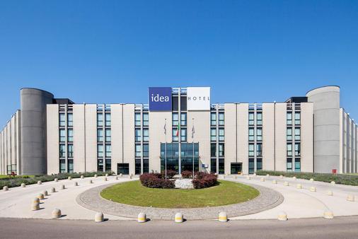 米兰圣西罗 Idea 酒店 - 米兰 - 建筑