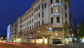 柏林库坦大街阿兹慕酒店 - 柏林 - 建筑