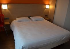 勒阿弗尔中心顶级经典酒店 - 勒阿弗尔 - 睡房