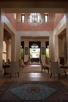 提格扎套房酒店 - 马拉喀什 - 休息厅