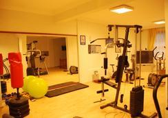 奥卢登斯酒店 - 厄吕代尼兹 - 健身房