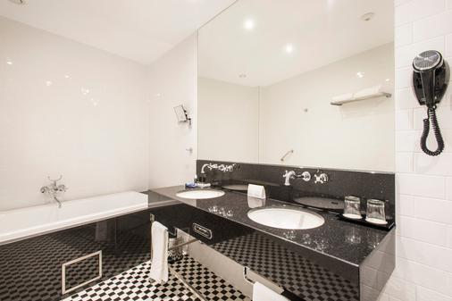 小格兰德酒店 - 布达佩斯 - 浴室