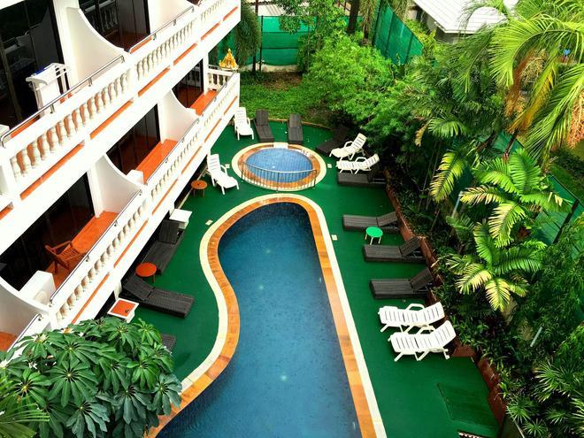 普吉芭东酒店 - 芭东 - 游泳池
