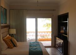 马萨特兰星之海滨度假酒店 - 马萨特兰 - 睡房