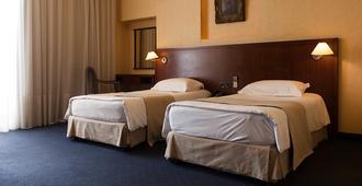 五月花大酒店 - 贝鲁特 - 睡房