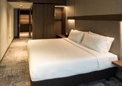 明古连30酒店 - 新加坡 - 睡房