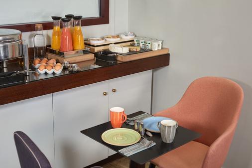 卢浮蒙大拿酒店 - 巴黎 - 自助餐