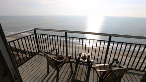美特尔海滩海湾景度假酒店 - 默特尔比奇 - 阳台