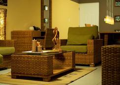 杰卡纳亚马逊疗养度假酒店 - 帕拉马里博 - 大厅