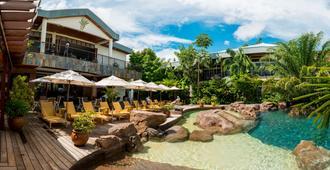 杰卡纳亚马逊疗养度假酒店 - 帕拉马里博 - 游泳池
