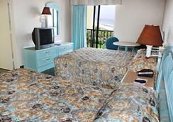 沙塔海滨度假亭酒店 - 默特尔比奇 - 睡房