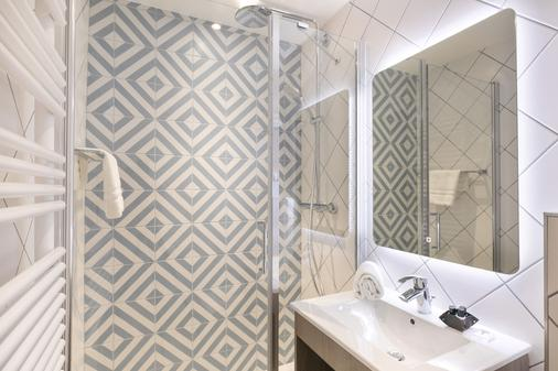 快乐文化德克酒店 - 尼斯 - 浴室