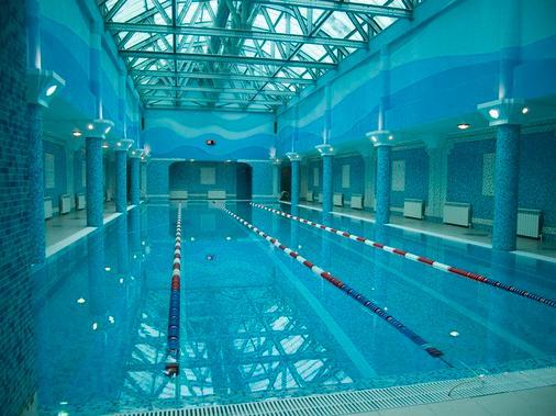 古夫斯缀姆酒店 - 喀山 - 游泳池