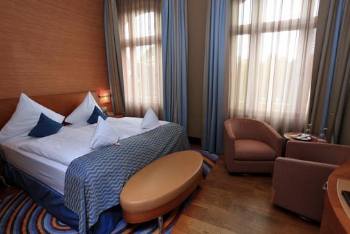 圣乔治宫殿酒店 - 门兴格拉德巴赫 - 睡房