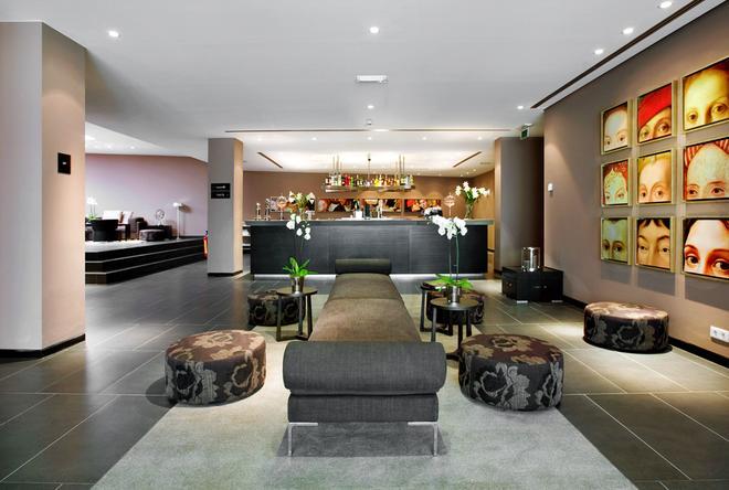 安特卫普温德姆特莱普酒店 - 安特卫普 - 酒吧
