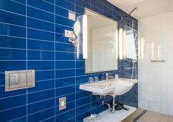 艾斯提罗布达佩斯时尚酒店 - 布达佩斯 - 浴室