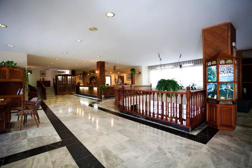 碧斯马特佛罗里达广场公寓 - 拉克鲁斯 - 柜台