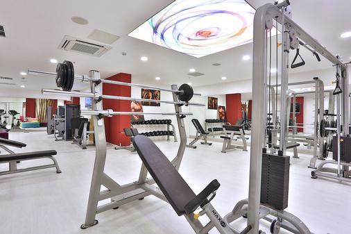 Qua Hotel - 伊斯坦布尔 - 健身房