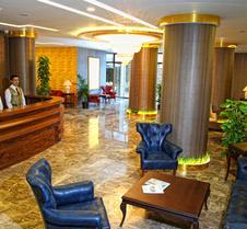 乌斯拉特大酒店