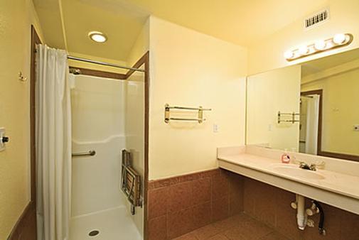 房车度假村及小屋洛杉矶庄园酒店 - 奥斯汀 - 浴室