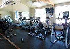 房车度假村及小屋洛杉矶庄园酒店 - 奥斯汀 - 健身房