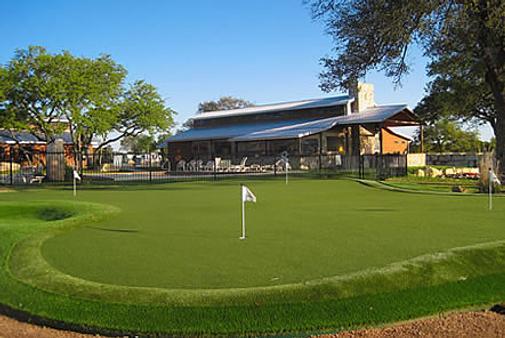 房车度假村及小屋洛杉矶庄园酒店 - 奥斯汀 - 高尔夫球场