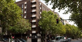 马德里阿古玛酒店 - 马德里 - 建筑
