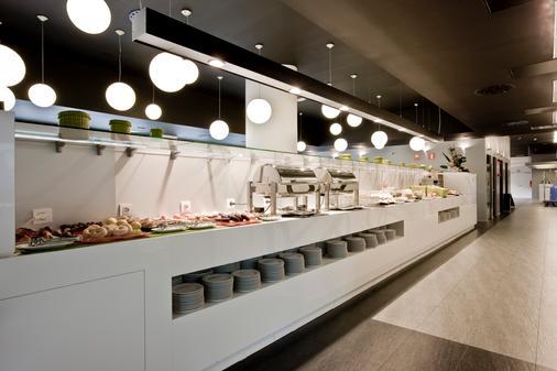 巴瑟罗卡斯特利亚纳诺特酒店 - 马德里 - 自助餐