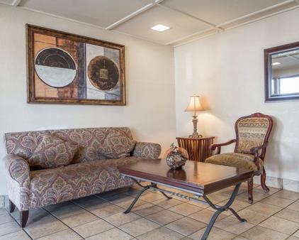 罗德威汽车旅馆 - 圣罗莎 - 大厅