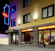 里维斯25小时酒店