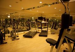 科尼亚贝拉酒店 - 科尼亚 - 健身房
