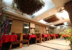Hotel Devi Grand - Katra - 餐馆
