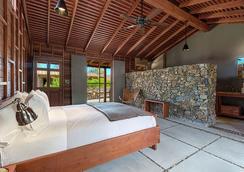 斯派罗木屋度假酒店 - 棕榈泉 - 睡房