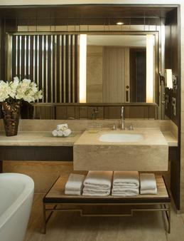 马苏里核桃树丛jw万豪度假酒店及水疗中心 - 穆索里 - 浴室