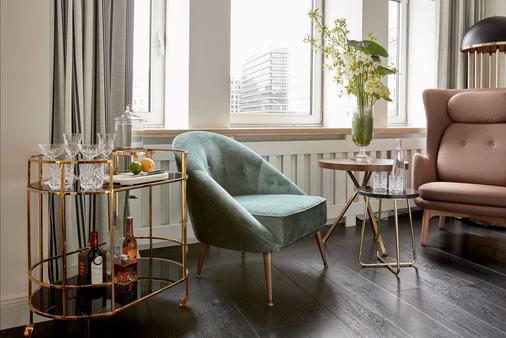 尼古拉爵士酒店 - 汉堡 - 客厅