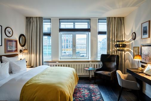 尼古拉爵士酒店 - 汉堡 - 睡房