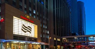北极星明尼阿波利斯皇冠假日酒店 - 明尼阿波利斯 - 建筑