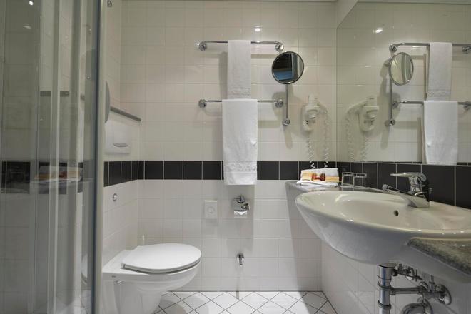 柏林城际东车站酒店 - 柏林 - 浴室