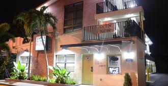 卡尔之父汽车旅馆 - 迈阿密 - 建筑