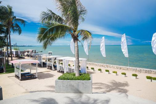 诺富特华欣七岩海滩度假酒店 - 华欣 - 海滩