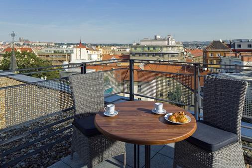 布拉格隆琴中心万豪行政公寓 - 布拉格 - 阳台