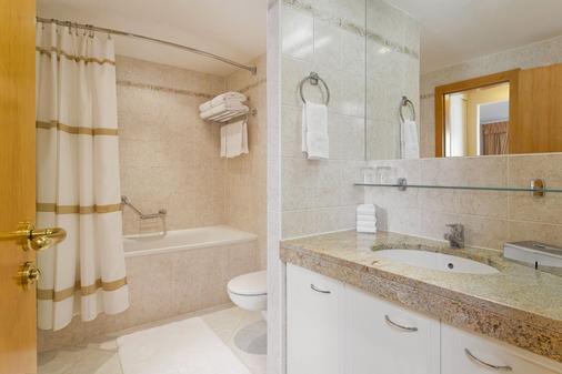 布拉格隆琴中心万豪行政公寓 - 布拉格 - 浴室