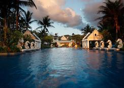 普吉格雷斯兰温泉度假酒店 - 芭东 - 游泳池