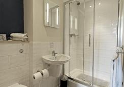 皇家海军俱乐部酒店 - 朴次茅斯 - 浴室