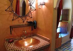 里亚德达尔塔姆里旅馆 - 马拉喀什 - 浴室