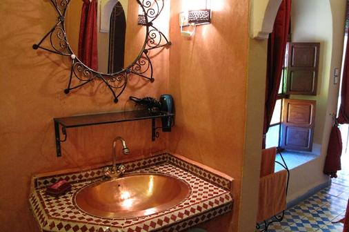里亚德达尔塔姆酒店 - 马拉喀什 - 浴室