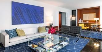 芝加哥水塔索菲特酒店 - 芝加哥 - 客厅