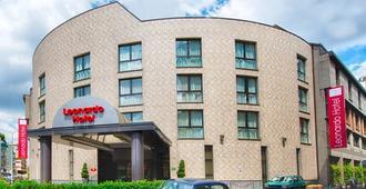 米兰市中心莱昂纳多酒店 - 米兰 - 建筑