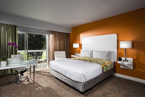 运动员旅馆 - 洛杉矶 - 睡房