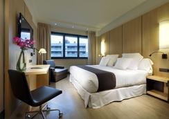 毕尔巴鄂西方酒店 - 毕尔巴鄂 - 睡房